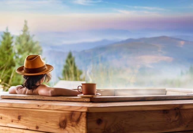 8 Hot Tub Health Benefits That You Should Know About